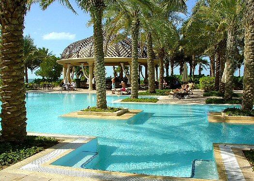 Condo hotel overview condo hotels in dubai financial for Pool and spa show dubai